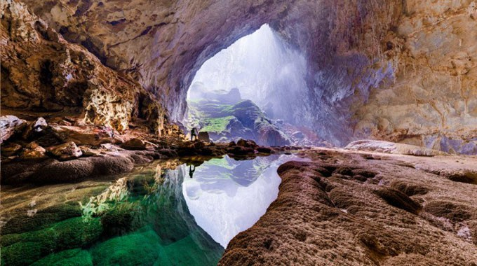 SON DOONG - WORLD'S LARGEST CAVE