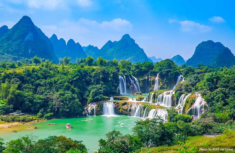 10 Best and Most Beautiful Places to Visit in Vietnam