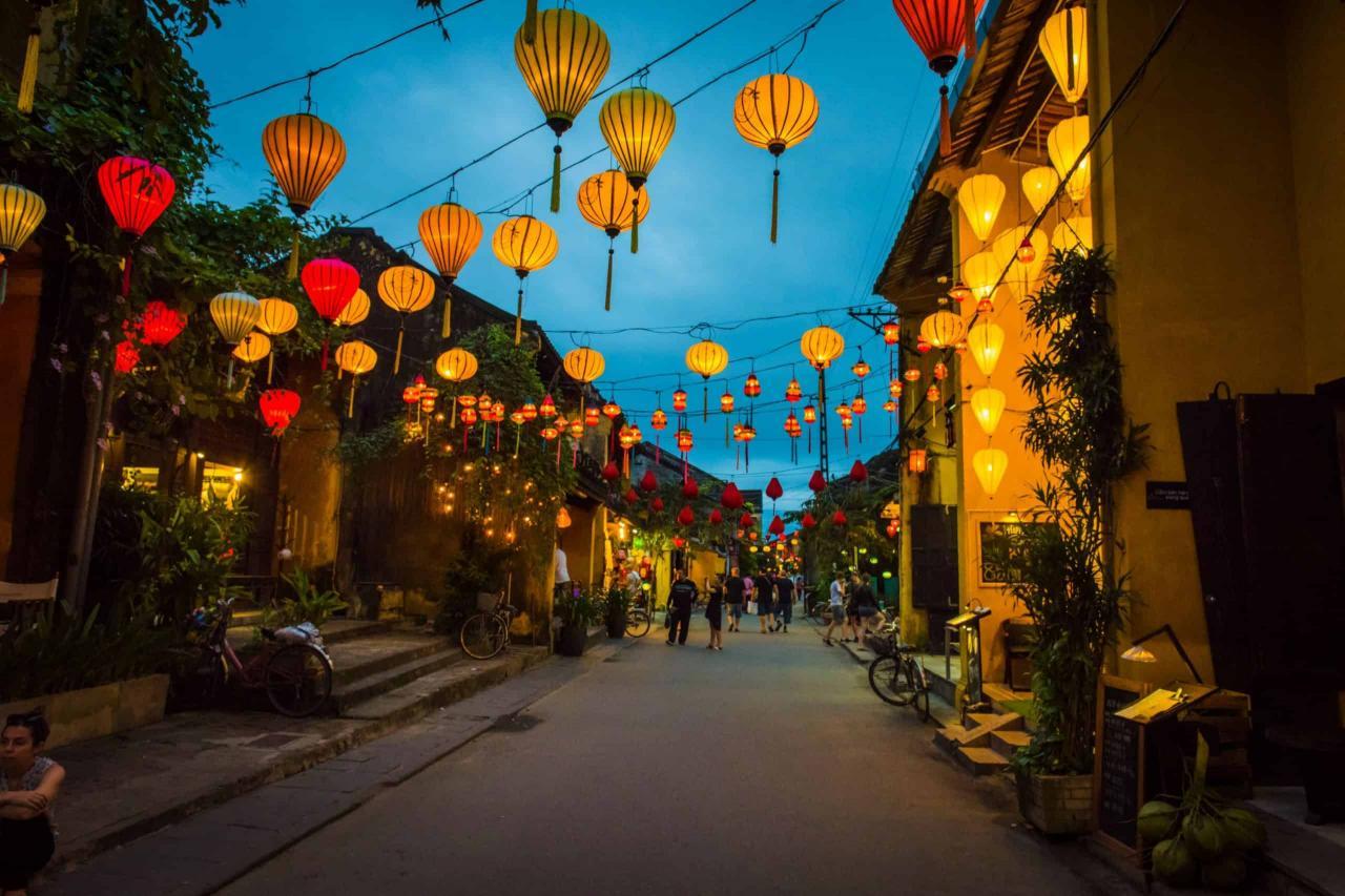 Guide to Hoi An Lantern Festival