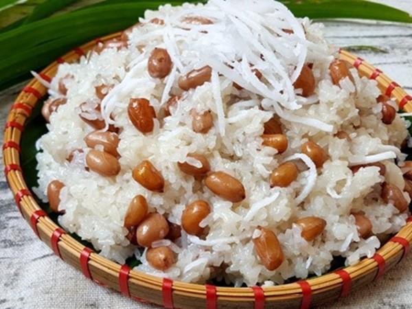 Xoi Vietnam (Steamed Glutinous Rice)
