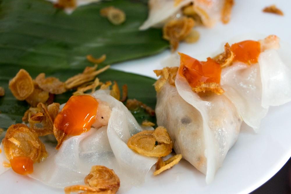 The Best White Rose Dumplings in Vietnam
