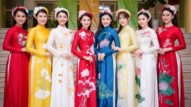 Ao Dai design contest honours national costume - Nhan Dan Online
